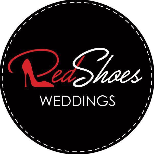 red shoes wedding esküvőszervezés